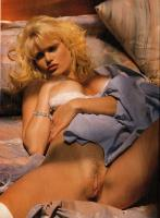 Nackt ingrid anderson Hilary Swank