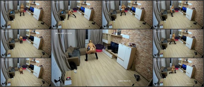 Voyeur_house_tv_11-06_142314