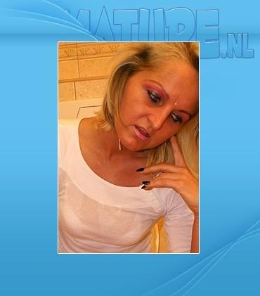 Mature - Malika (38) - Hot blonde MILF sucking and fucking in toilet
