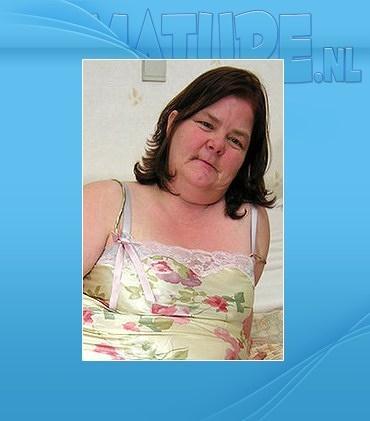 Mature - Rianna (47)