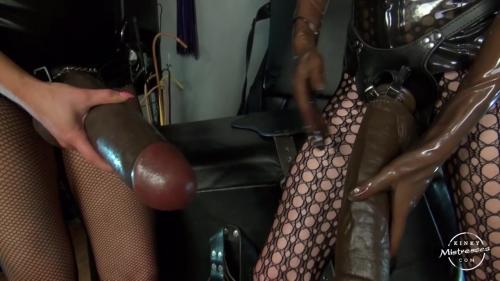 Mistress Susi - Two Huge Strapo-on [HD 720P]