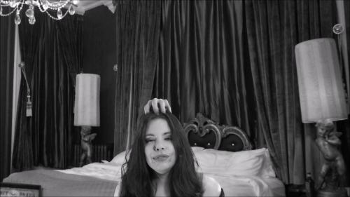 Lovely Lilith - Addams Family: Morticia and Thing [FullHD 1080P]