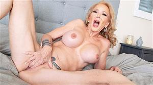 pornmegaload-19-11-12-sierra-fontaine-wants-you-to-play-with-her.jpg