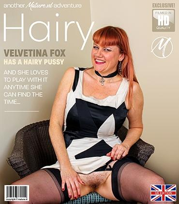 Mature - Velvetina Fox (EU) (43) - Want to get a look under the dress from Velvetina Fox? We're sure she has a hairy surprise waiting for you...
