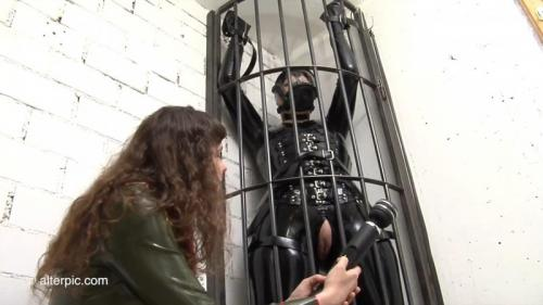 Tall Cage Butterfly – Anna Rose and Latex Lady. Sep 04 2015. AlterPic.com (522 Mb)