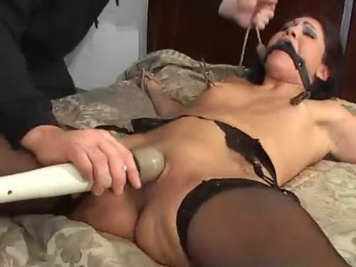 X marks the G spot with Jade Indica. BackDoorBondage.com (417 Mb)