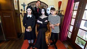 familystrokes-19-10-31-kate-bloom-and-audrey-noir-addams-family-orgy.jpg